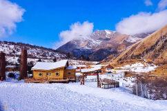 鹧鸪山滑雪、新桃坪羌寨、甘堡藏寨二日游