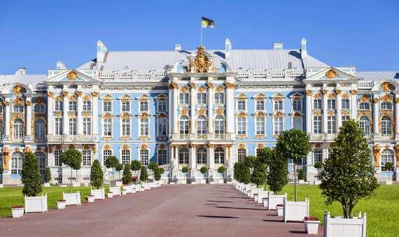 莫斯科+圣彼得堡+金环谢镇+双宫+双庄园深度 10 日游
