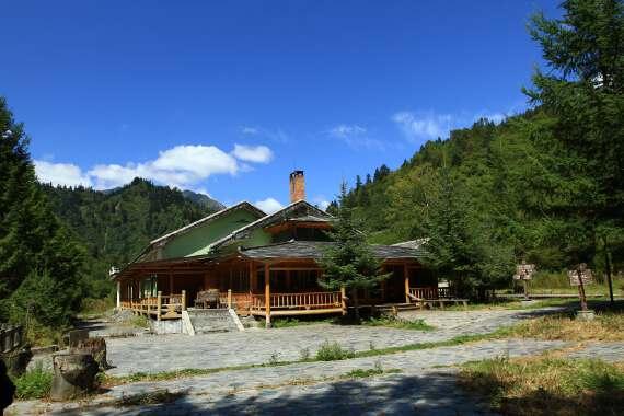 白马部落风情、王朗自然保护区红叶彩林二日游